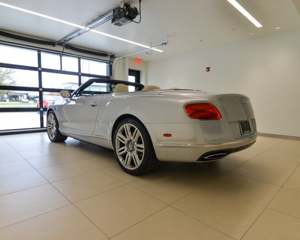 Pre-Owned 2016 Bentley Continental GT W12